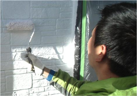 人も建物も安心できる塗装を